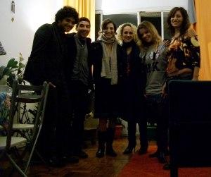 e la vamos nós pro folias; Rogério , Diego, Renata, Cecé, Laura e Lina.